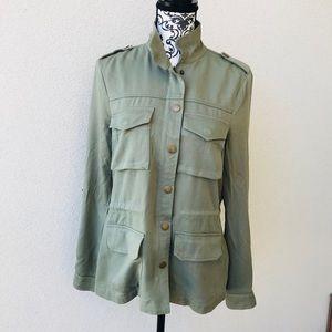 ⭐️ Design Lab green military jacket New M